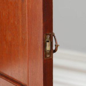 Single Edwardian Satinwood Howard & Sons Bedside Cabinet (Circa 1901 - 1910)