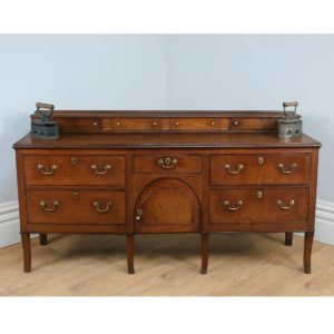 Antique George III Oak Staffordshire Low Dresser Base (Circa 1810)