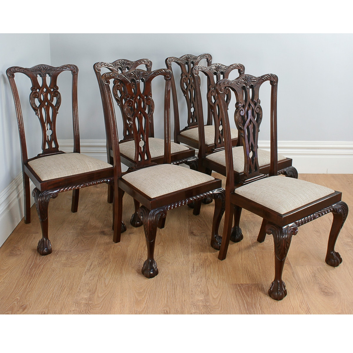 Antique English Set Of 6 Chippendale Style Carved Mahogany