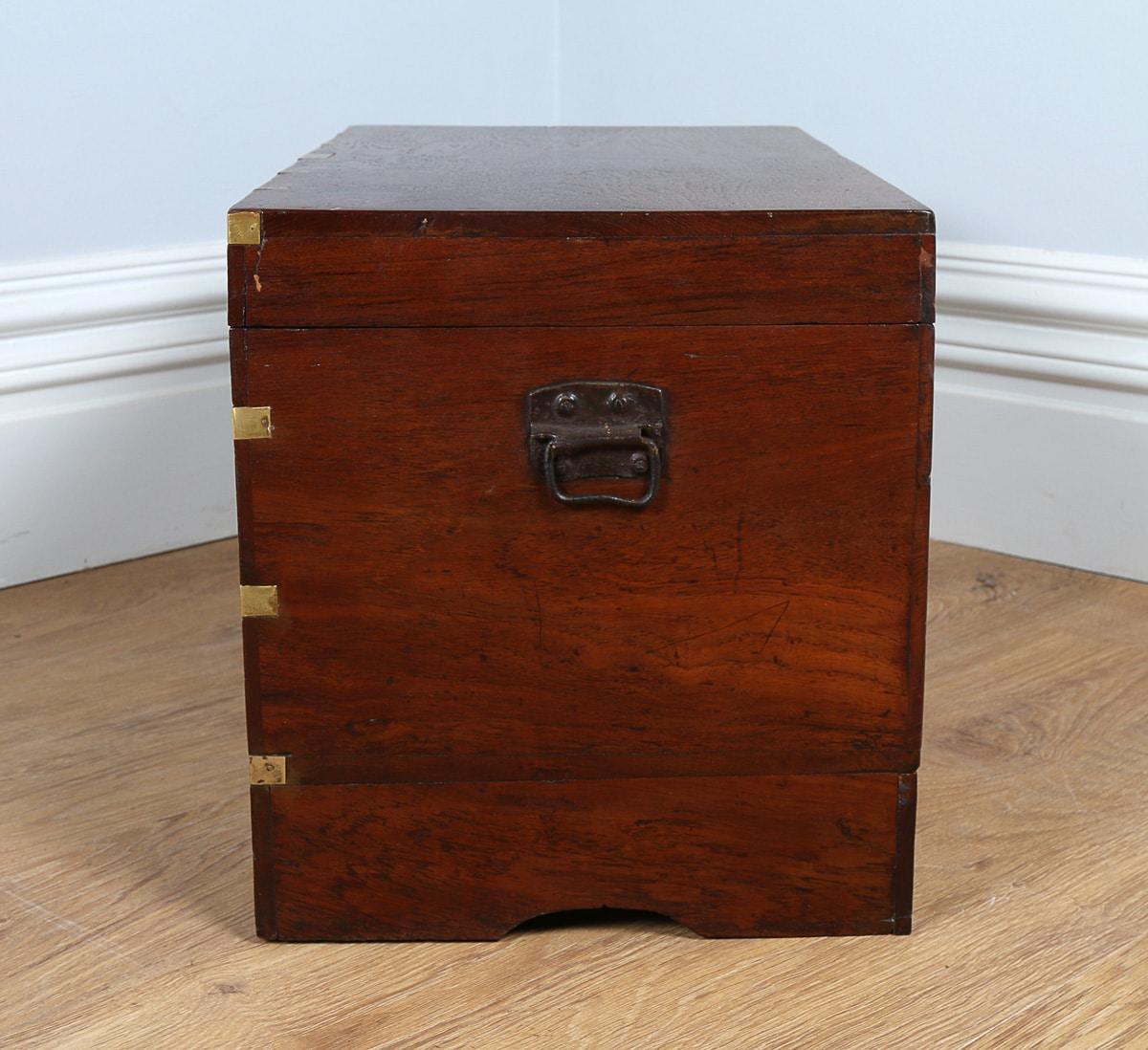 Photo 10 antique furniture four poster beds yolanda for Furniture kelsall