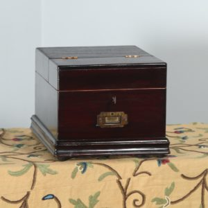 Antique Victorian Colonial Anglo Indian Teak Vanity / Jewellery Makeup Box (Circa 1870) - yolagray.com
