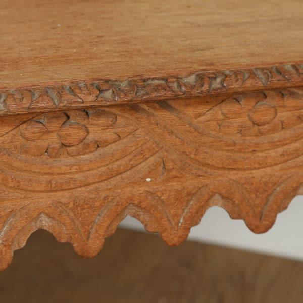 Antique English Victorian Gothic Carved Scrub Oak Hall / Window Bench (Circa 1860) - yolagray.com