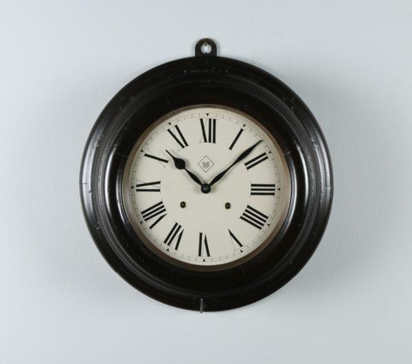 "Large Antique 19"" Mahogany Railway Station / School Round Dial Wall Clock (Chiming / Striker) - yolagray.com"