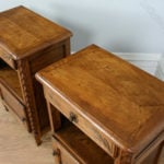 Pair_of_French_Carved_Oak_Beds_as236a581b-1