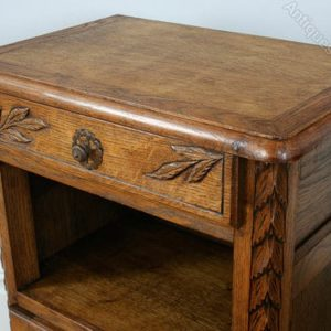 Pair_of_French_Carved_Oak_Beds_as236a581b-2
