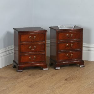 Pair of Georgian Style Mahogany Inlaid Bedside Chests of Drawers by Bradley (Circa 1975) - yolagray.com