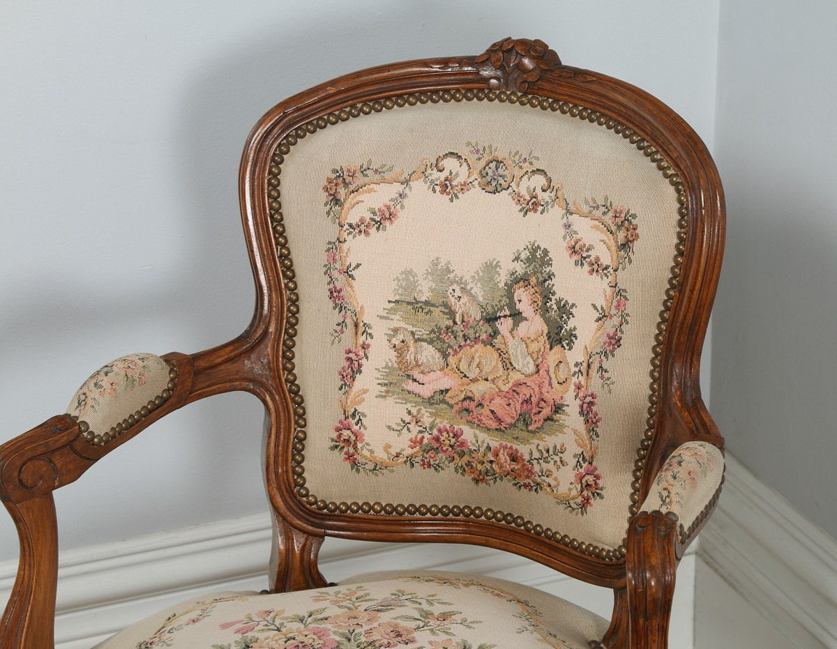 Antique pair of french louis xv style walnut tapestry for Salon louis xv