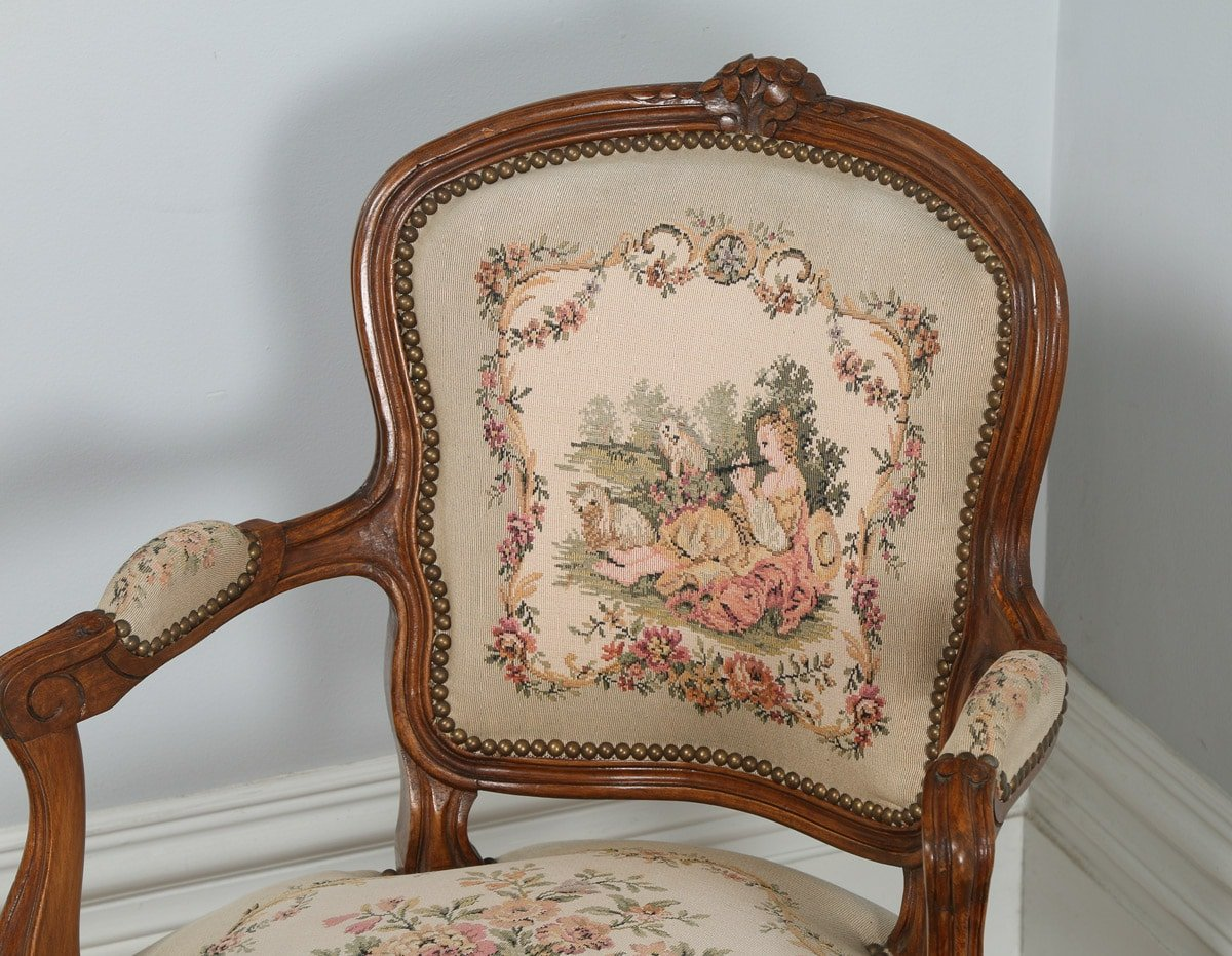 antique pair of french louis xv style walnut tapestry salon armchairs circa 1920 yola gray. Black Bedroom Furniture Sets. Home Design Ideas