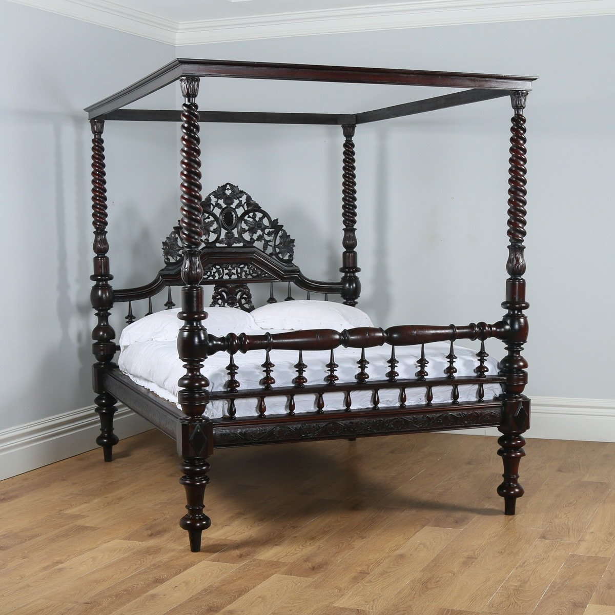 Antique 5ft 7 Victorian Anglo Indian Colonial King Size Four Poster Bed Circa 1880