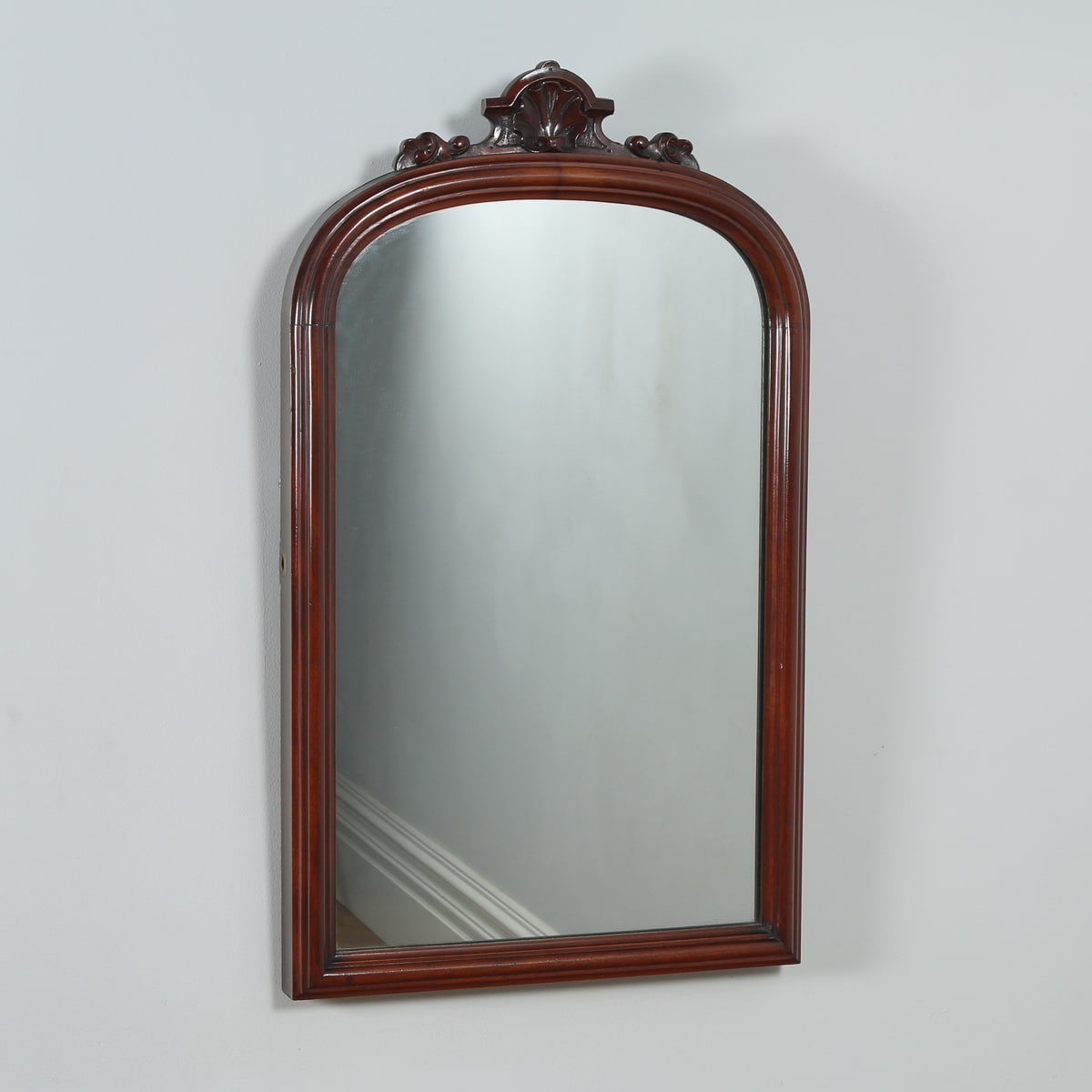 Antique english victorian mahogany rectangular wall mirror for Victorian mirror