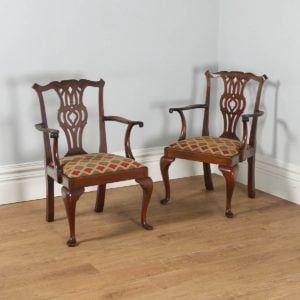 Antique English Pair of Chippendale Style Mahogany Armchairs (Circa 1900) - yolagray.com