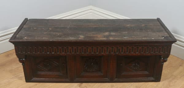 Antique English Charles II Oak Court / Press / Housekeepers Cupboard (Circa 1680) - yolagray.com
