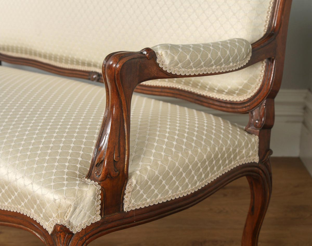 Antique French Louis XV Style Walnut Upholstered Salon Couch Sofa Settee  (Circa 1860)