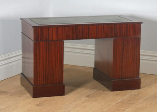 Vintage Georgian Style Mahogany & Green Leather 4ft Office Desk (Circa 1980)- yolagray.com
