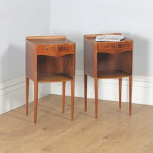 Pair of English Georgian Regency Style Figured Mahogany Serpentine Bedside Cabinet Tables Nightstands (Circa 1970) - yolagray.com