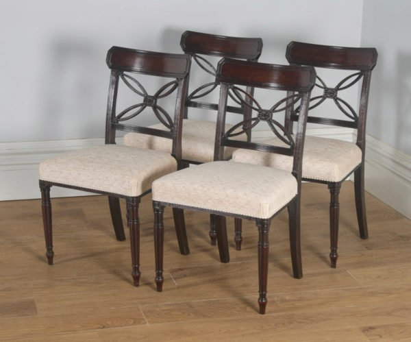 Antique English Set of Four Georgian Regency Mahogany Bar Back Dining Side Chairs (Circa 1820) - yolagray.com