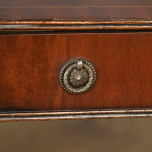 Pair of English Georgian Regency Style Mahogany Whatnot Bedside Tables Nightstands (Circa 1970) - yolagray.com