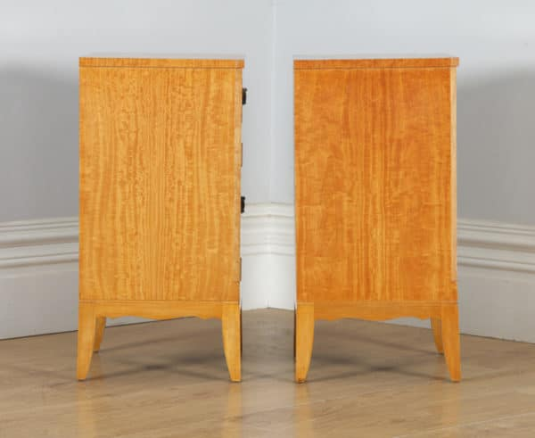Pair of Georgian Regency Neoclassical Style Satinwood & Ebony Bedside Cabinet Tables Nightstands (Circa 1970) - yolagray.com