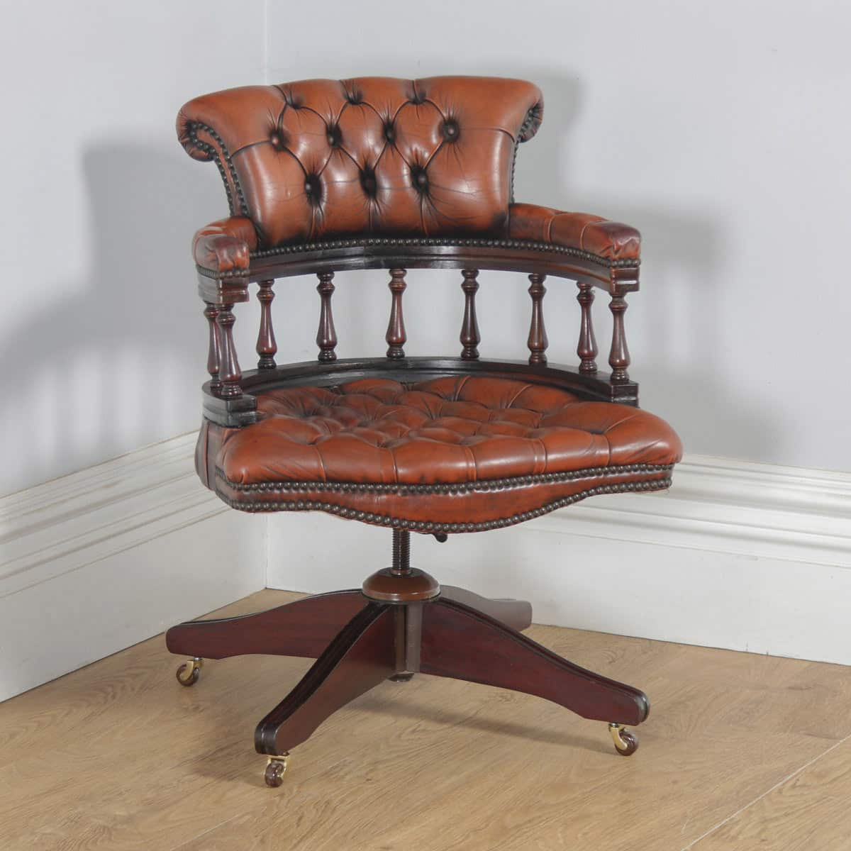 Super Antique Victorian Style Mahogany Brown Leather Office Desk Uwap Interior Chair Design Uwaporg