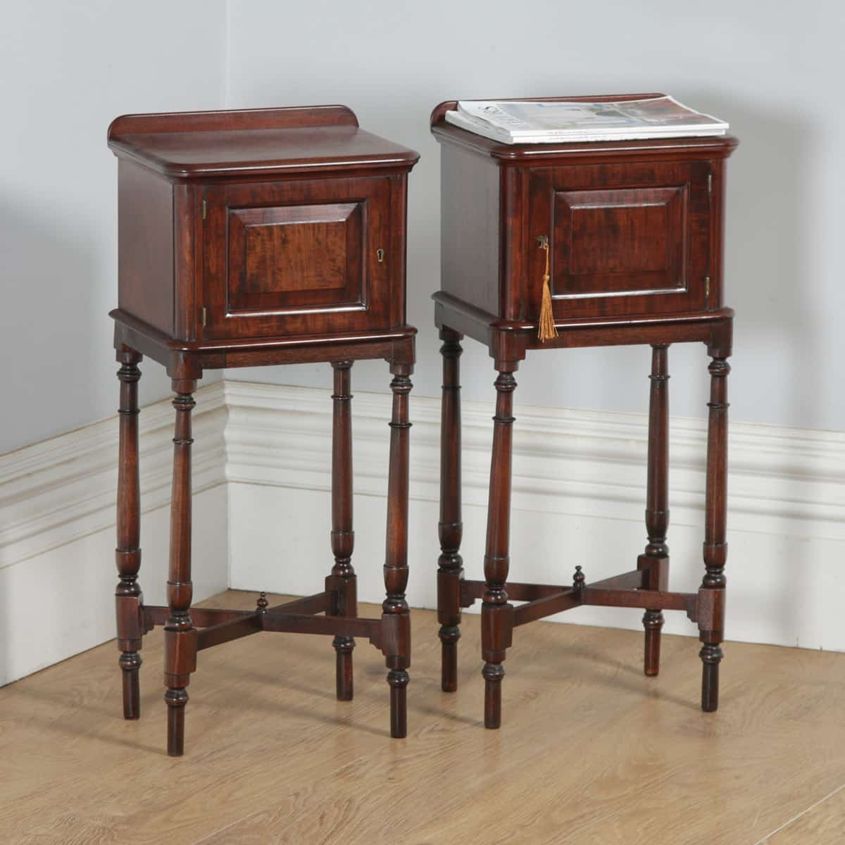 Picture of: Antique Pair Of English Victorian Mahogany Bedside Cabinet Night Stands Circa 1880 Yola Gray Antiques