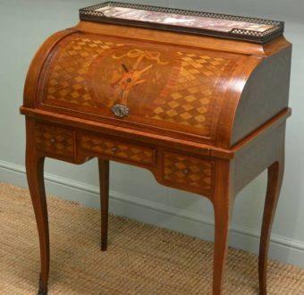 Yola Gray Antiques, Bureau a cylindre