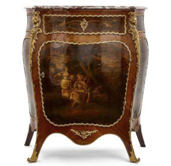 Yola Gray Antique Vernis Martin Antique