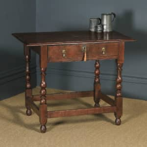 Antique English Georgian Oak Occasional Hall Writing Lowboy Side Table (Circa 1720) - yolagray.com