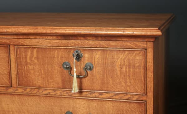 Pair of English 18th Century Georgian Style Oak Chests of Drawers by Bryn Hall (Circa 1995) - yolagray.com