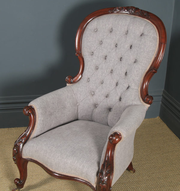 Antique English Victorian Mahogany Gentlemen's Spoon Back Armchair (Circa 1850) - yolagray.com