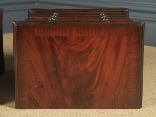 Pair of English Georgian Style Flame Mahogany Bedside Chest of Drawers Tables / Nightstands (Circa 1980) - yolagray.com